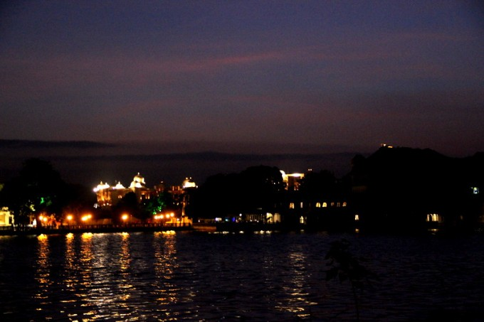 View of the Lake Pichola from Zostel's entrance <3